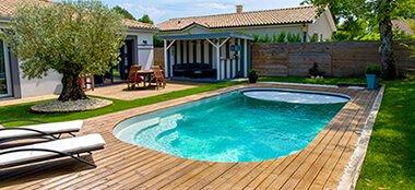 piscine coque incliné