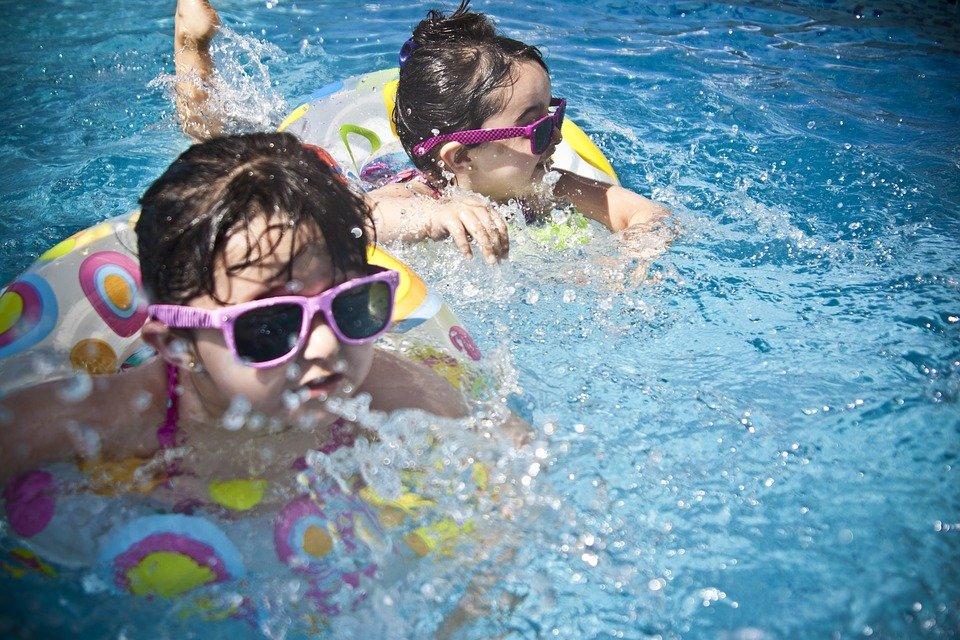 accessoires jeux piscine